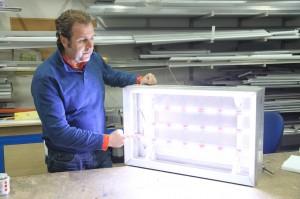 Светещи табели със светодиоди Samsung LED - икономия на ток
